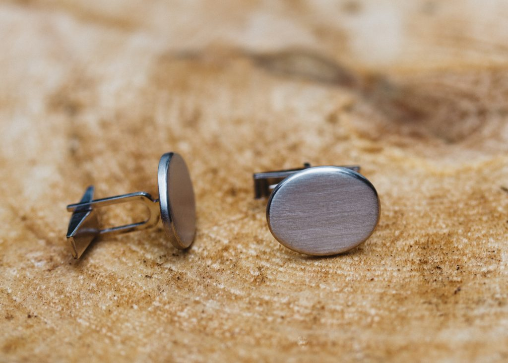 White gold oval cufflinks